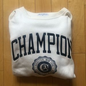Champion vintage-inspired sweatshirt